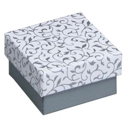 Silberne Geschenkverpackung für einen Ring