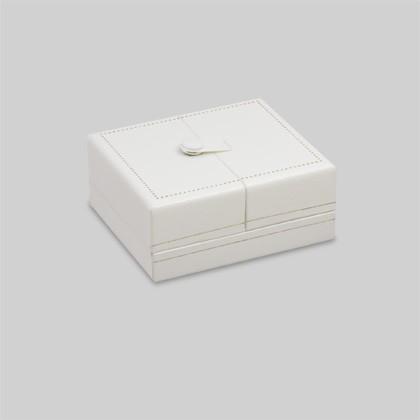 Schmucketuis oder Schmuckbox als Verpackung für Collier-Anhänger, Ohrringe